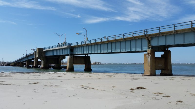 1.4-bridge-closed-3-800x450