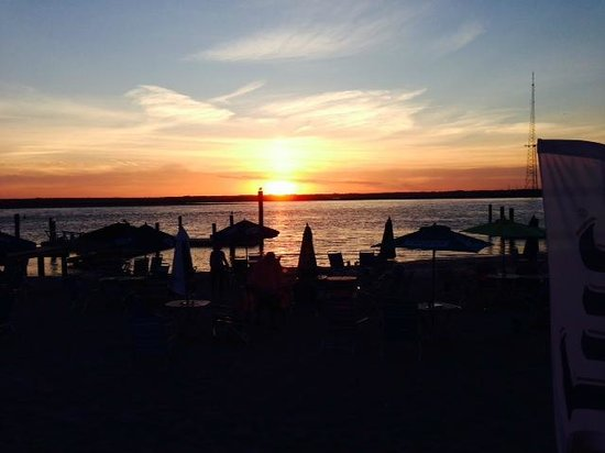beach-house-sunset